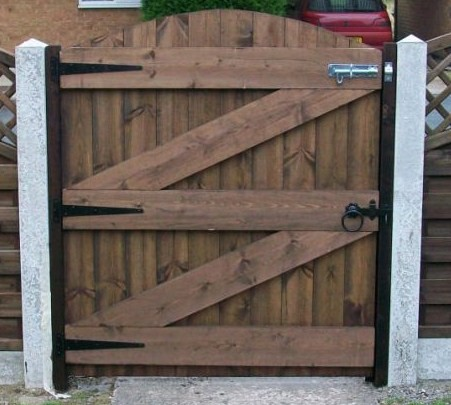 Tongue and Groove Gates picture