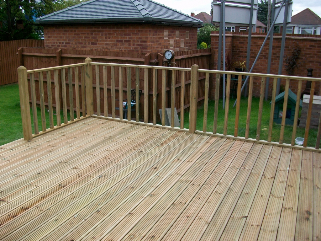 Decking board 16 for 4 8 meter decking boards
