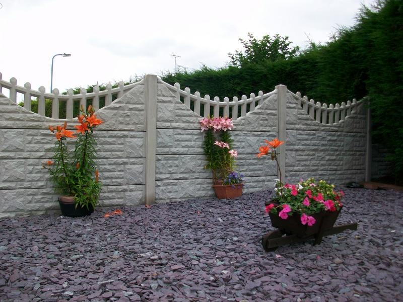 Rock Faced Gravel Boards Bentinck Fencing